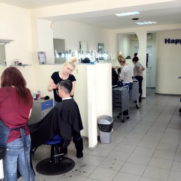 happy hours salon