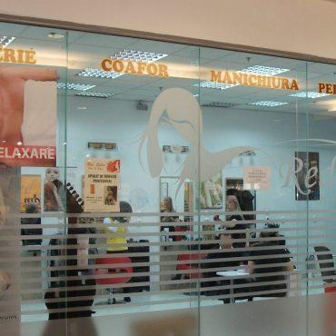salon-saloane-red-calea-vitan-manichiura-tuns-coafat-coafuri-frizerie-frizuri-frumusete-infrumusetare-sector3-jpg