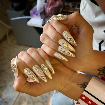 beauty-district-nails-manichiura